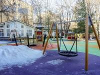 улица Каретный Ряд. детская площадка