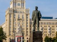 Tverskoy district, square Triumfalnaya. monument