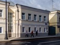 Якиманка, улица Большая Ордынка, дом 10 с.1. офисное здание
