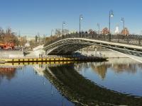 Якиманка, набережная Кадашевская. мост Лужков