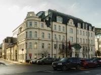Якиманка, улица Большая Якиманка, дом 1. офисное здание Александр Хаус, бизнес-центр