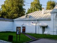 Измайлово район, улица Баумана городок, дом 2 с.8. Комплекс строений Николаевской военной богадельни. Служебный корпус у задних ворот