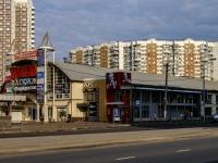 ,  , house 102А. 购物中心