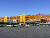 """Черёмушки район, улица Гарибальди, дом 23. торговый центр """"Панорама"""""""