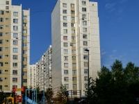 район Южное Бутово, улица Бартеневская, дом 49. многоквартирный дом