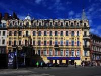 , avenue Rimsky-Korsakov, house 1. Apartment house