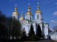 , square Nikolskaya, house 1/3. cathedral