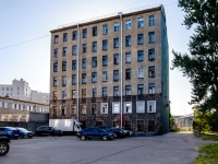 Адмиралтейский район, улица Шкапина, дом 18. многоквартирный дом