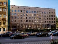 Адмиралтейский район, улица Шкапина, дом 32-34. многофункциональное здание