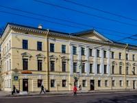 Василеостровский район, улица 1-я линия В.О., дом 20. многоквартирный дом