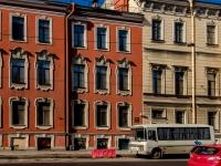 Василеостровский район, улица 1-я линия В.О., дом 4. многоквартирный дом