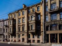 Василеостровский район, улица 1-я линия В.О., дом 24. многоквартирный дом