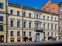 Василеостровский район, улица 1-я линия В.О., дом 40. многоквартирный дом