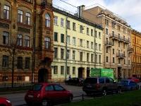 Василеостровский район, улица 2-я линия В.О., дом 7. многоквартирный дом