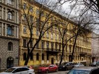 Василеостровский район, улица 4-я линия В.О., дом 19. многоквартирный дом