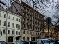 Василеостровский район, улица 4-я линия В.О., дом 21. многоквартирный дом
