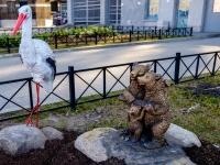 "Василеостровский район, улица 26-я линия В.О.. скульптура ""Три медведя"""