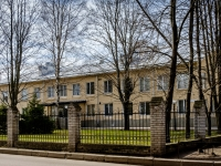Василеостровский район, улица Шевченко, дом 39. многофункциональное здание