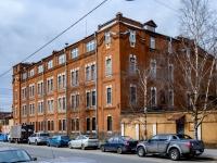 Василеостровский район, улица Косая линия, дом 19. многофункциональное здание