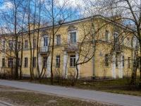 Кировский район, улица Зои Космодемьянской, дом 19. многоквартирный дом