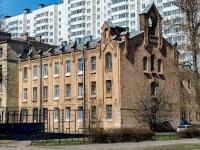 Кировский район, улица Зои Космодемьянской, дом 27. многоквартирный дом