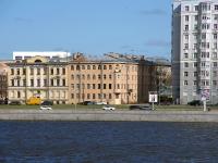 Красногвардейский район, Малоохтинский проспект, дом 10. многоквартирный дом