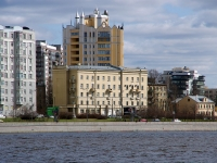 Красногвардейский район, Малоохтинский проспект, дом 36. многоквартирный дом