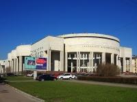 Московский проспект, дом 165 к.2. библиотека Российская национальная библиотека