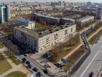 Московский район, улица Бассейная, дом 17. многоквартирный дом