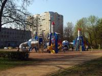 Юрия Гагарина проспект. детская площадка
