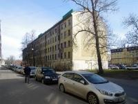 Московский район, улица Коли Томчака, дом 10. аварийное здание