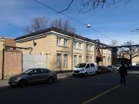 Московский район, улица Коли Томчака, дом 21. офисное здание