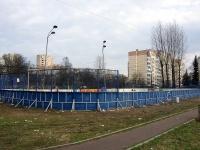 Новоизмайловский проспект. спортивная площадка