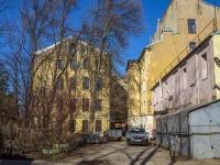 Петроградский район, улица Бармалеева, дом 28. многоквартирный дом