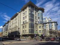 Петроградский район, улица Большая Посадская, дом 12. многоквартирный дом