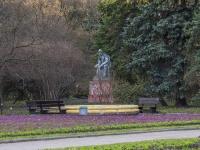 Петроградский район, улица Профессора Попова. памятник В.И.Ленину