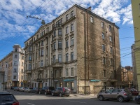 Петроградский район, улица Яблочкова, дом 22. многоквартирный дом