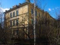 Центральный район, Суворовский проспект, дом 32 ЛИТ Б. многоквартирный дом