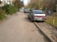 Екатеринбург, ул. Молотобойцев, 13: условия парковки возле дома