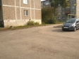 Екатеринбург, ул. Молотобойцев, 17: условия парковки возле дома