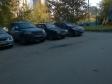 Екатеринбург, б-р. Денисова-Уральского, 4: условия парковки возле дома