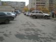 Екатеринбург, Surikov st., 50: условия парковки возле дома