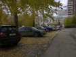 Екатеринбург, ул. Московская, 215: условия парковки возле дома