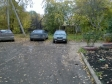 Екатеринбург, ул. Менжинского, 2Б: условия парковки возле дома