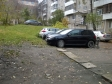 Екатеринбург, ул. Чапаева, 17: условия парковки возле дома