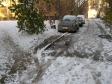 Екатеринбург, ул. Бородина, 21: условия парковки возле дома