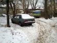 Екатеринбург, ул. Самолетная, 4: условия парковки возле дома