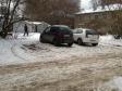 Екатеринбург, ул. Павлодарская, 13: условия парковки возле дома