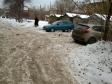 Екатеринбург, ул. Мраморская, 28: условия парковки возле дома