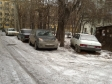 Екатеринбург, ул. Саввы Белых, 14: условия парковки возле дома